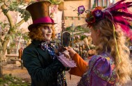 alice-through-the-looking-glass-johnny-depp-0607